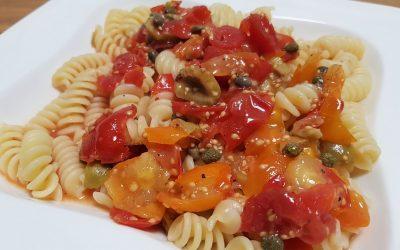 Raw Tomato Pasta Sauce